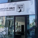 Polep výlohy v Brně - prodejna bare foot obuvi