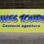 Reklamní cedule Likes Tours