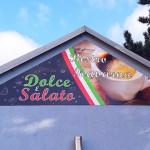 Atypické reklamní cedule pro kavárnu - reklamní cedule Brno
